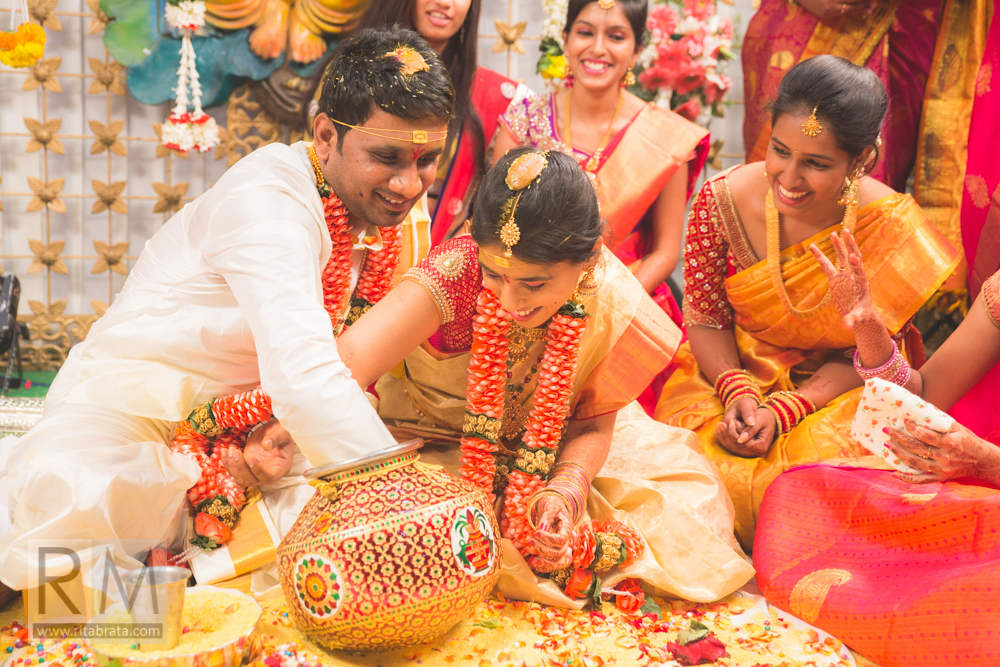 candid wedding photographers in hyderabad