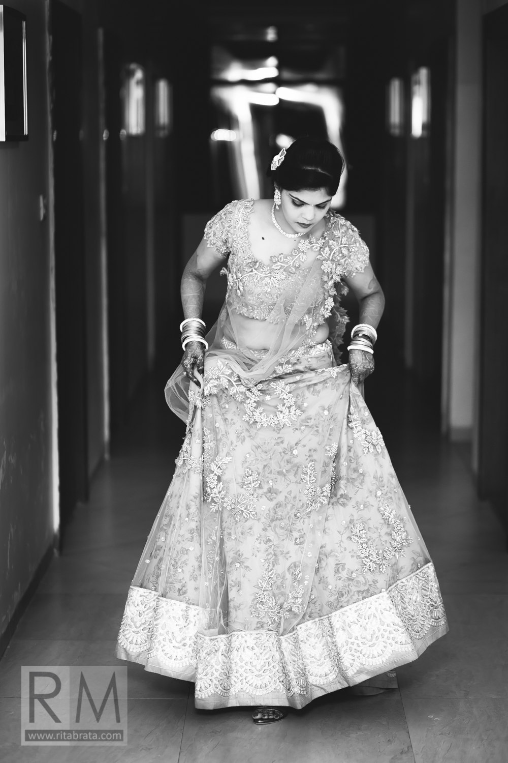 candid-wedding-photographer-kolkata-224