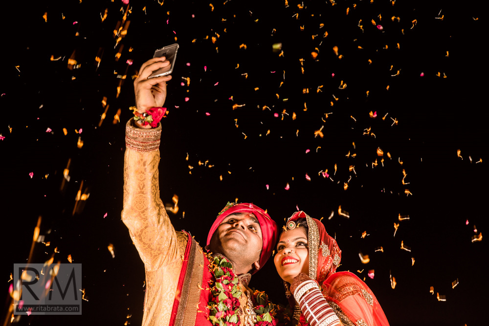 candid-wedding-photographer-kolkata-249