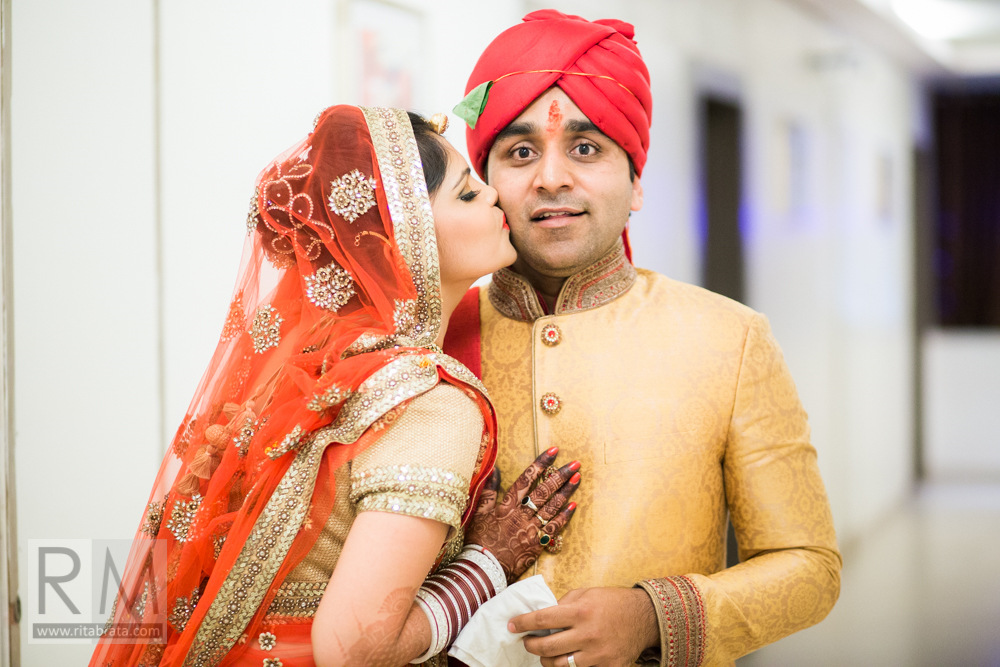 candid-wedding-photographer-kolkata-252